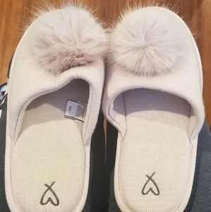 4/$20 - Victoria's Secret Pink Slippers - Medium